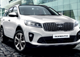 The sleek and agile KIA Sorento brings luxury, technology, and practicality to the street with ideally balanced proportions.